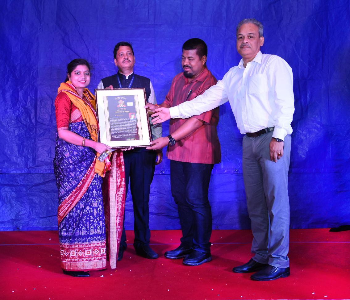 On April 2, 2018 CFAR received award from Computer Lab which are doing Aadhar enrollment; for dedication and sincere work for the vulnerable people especially for women